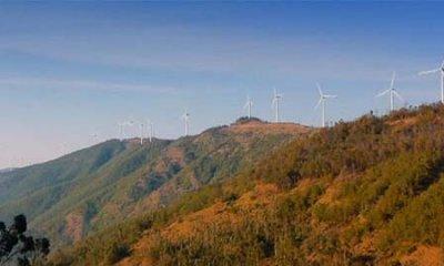 wind-turbine-mountain