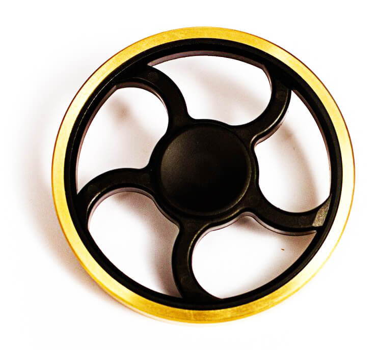 black-gold-circle-spinner